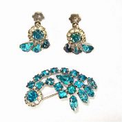 Comet Turquoise Rhinestone Brooch and Earrings
